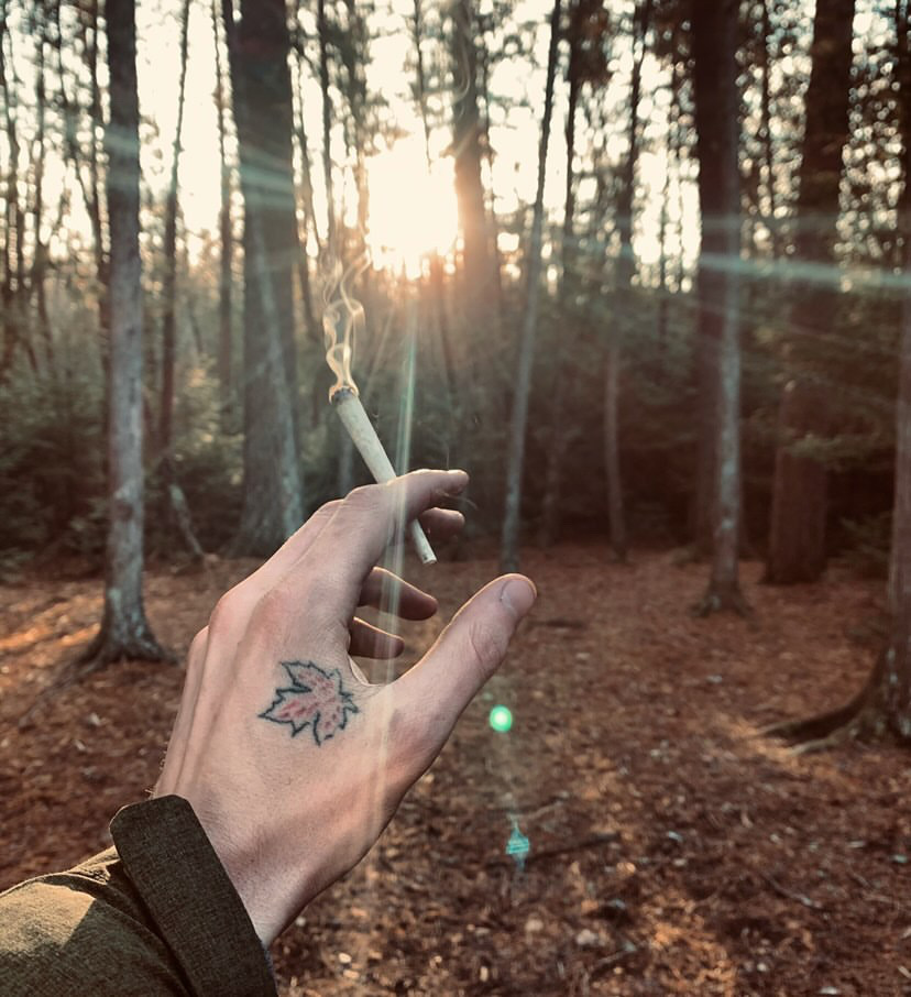 Best Rolling Papers for Hiking